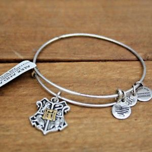 NWT Alex and Ani Hogwarts Crest Bracelet